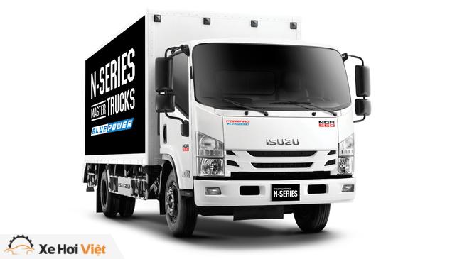 Isuzu trang bị cảm biến, camera lùi và cả động cơ chuẩn khí thải Euro 4 cho xe tải