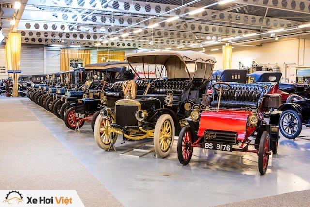 Bộ sưu tập xe Ford lớn nhất thế giới chuẩn bị được đem bán đấu giá - Ảnh 6.