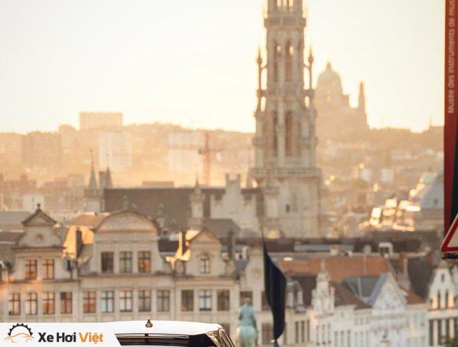 Với một lần sạc, xe điện Jaguar I-Pace có thể chạy được tới 369 km - 11