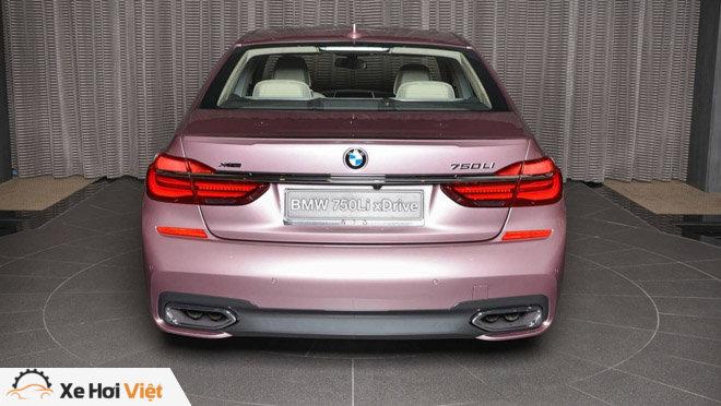 BMW 750Li xDrive cực cá tính với màu sơn hồng phấn - 10