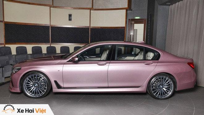 BMW 750Li xDrive cực cá tính với màu sơn hồng phấn - 3
