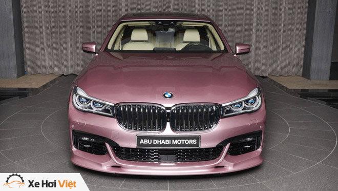 BMW 750Li xDrive cực cá tính với màu sơn hồng phấn - 2