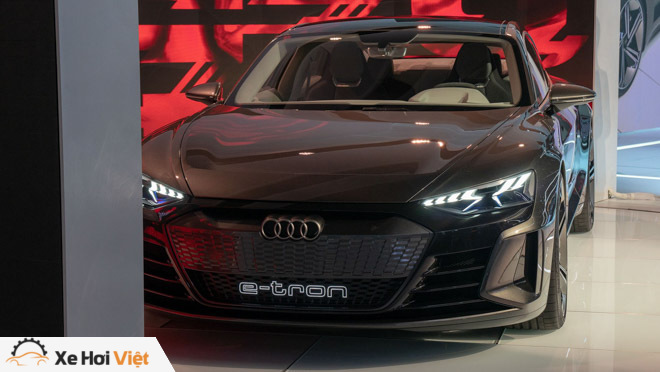 Cận cảnh xe điện Audi E-tron GT vừa ra mắt - 1