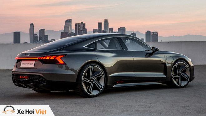 Cận cảnh xe điện Audi E-tron GT vừa ra mắt - 9