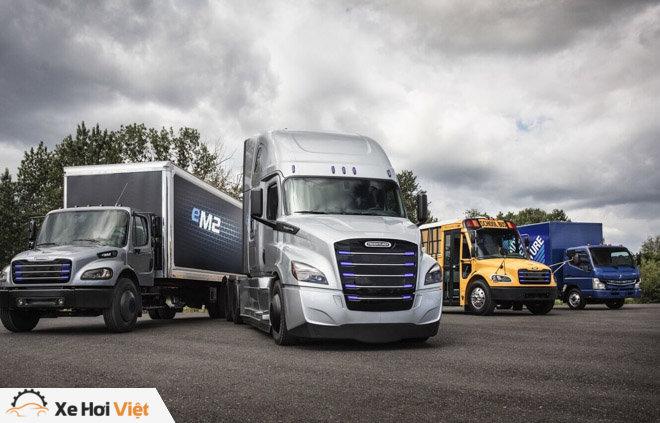 Xe tải chạy điện Freightliner eM2 bắt đầu được triển khai tại Mỹ - 2