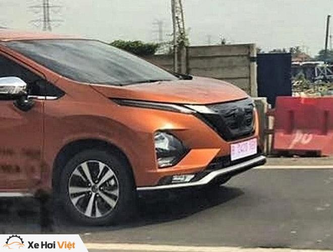 Xe gia đình cỡ nhỏ Nissan Grand Livina thế hệ mới lộ ảnh chạy thử - 3