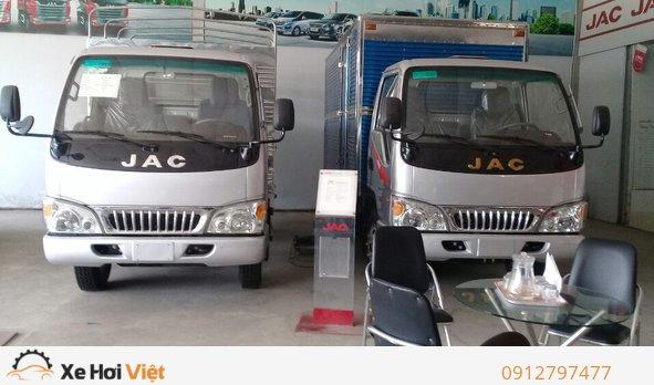 Cần bán xe tải jac 2t4 thùng 3m7, máy cn isuzu - hỗ trợ vay cao xe jac 2T4